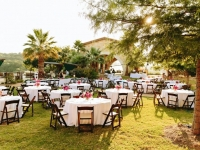 lawn_dining_area_rough_hollow_yacht_club_lakeway_austin_texas_pavilion_wedding