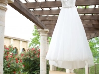 wedding_ white_dress_rough_hollow_yacht_club_lakeway_austin_texas_pavilion_wedding