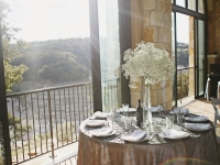 table_placesetting_pintuck_rough_hollow_yacht_club_lakeway_austin_texas_pavilion_wedding