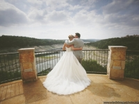 balcony_scenic_view_rough_hollow_yacht_club_lakeway_austin_texas_pavilion_wedding